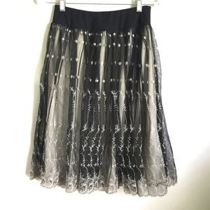 New York & Co Lace Overlay Scallop Skirt XS